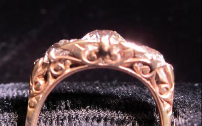 sapphire-diamond-half-hoop-ring