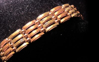 two-color-gold-gate-link-bracelet chicago