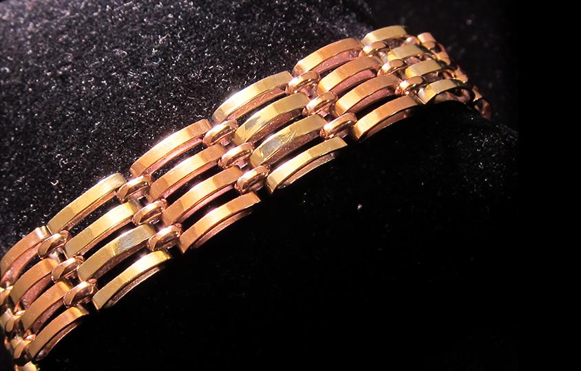 two-color-gold-gate-link-bracelet chicago