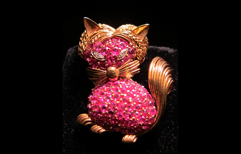 diamond cat brooch Chicago