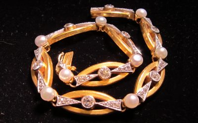 natural-pearl-diamond-bracelet