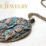 Vintage Jewelry in Chiago