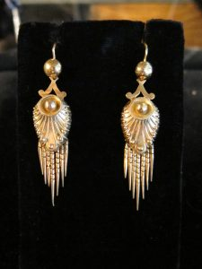 Victorian gold fringe earrings. circa 1880