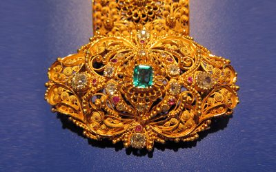 Antique Jewelry of the 19th Century