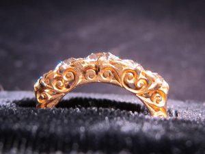 Hand Engraved gallery of a Half Hoop ring