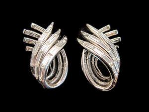 4 Art Deco, Platinum & Diamond clip earrings, going up the ear. Circa 1935